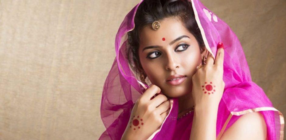 01 indian-woman-beauty