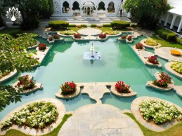 Taj Lake Palace garden