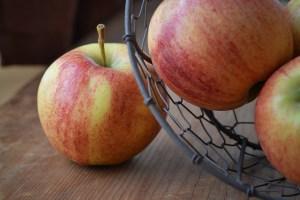 apple cider vinegar-1253477_1280