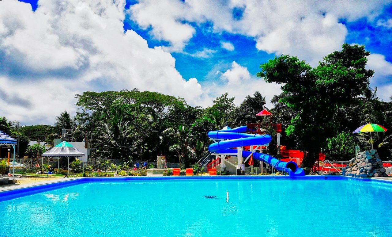 Photo courtesy of Villa Paraiso Resort & Apartelle.