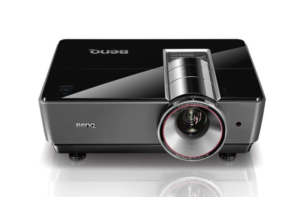 Обзор проектора для больших помещений BenQ SU931