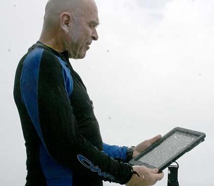 dan navigating in the rain with bentprop.org in palau