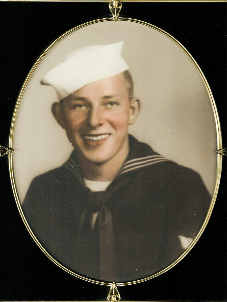 Navy Reserve Aviation Ordnanceman 2nd Class Ora H. Sharninghouse, Jr, 22 Buried with Military Honors