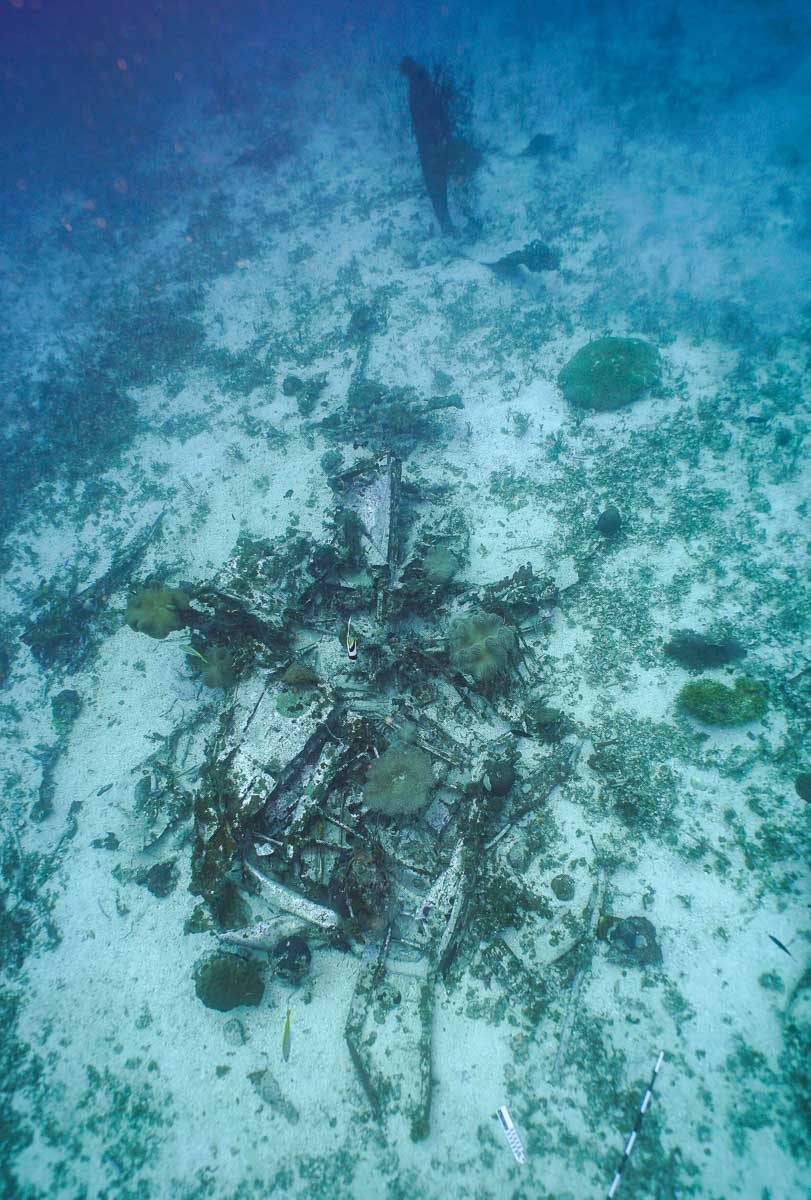 underwater photo of WWII aircraft in Chuuk