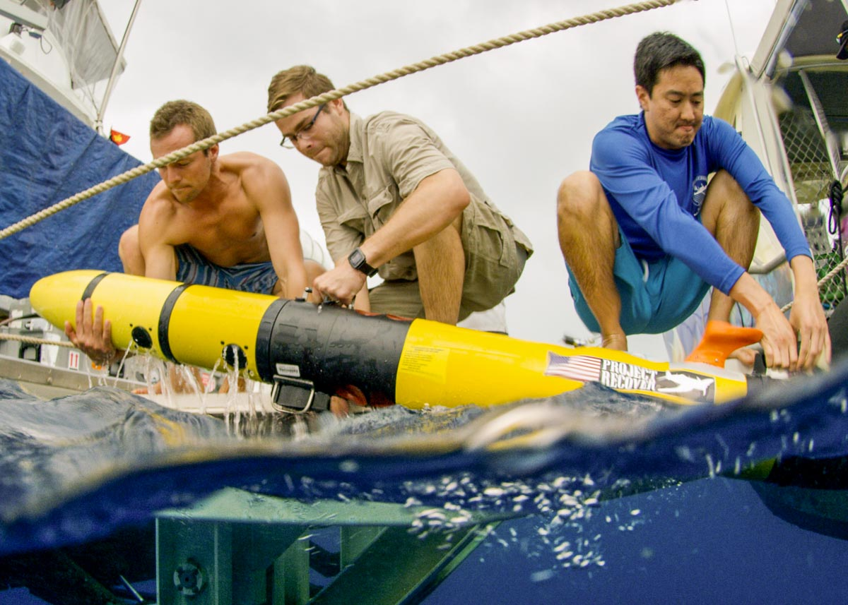 UDel Retrieves an AUV - The Science Behind the Search for MIAs