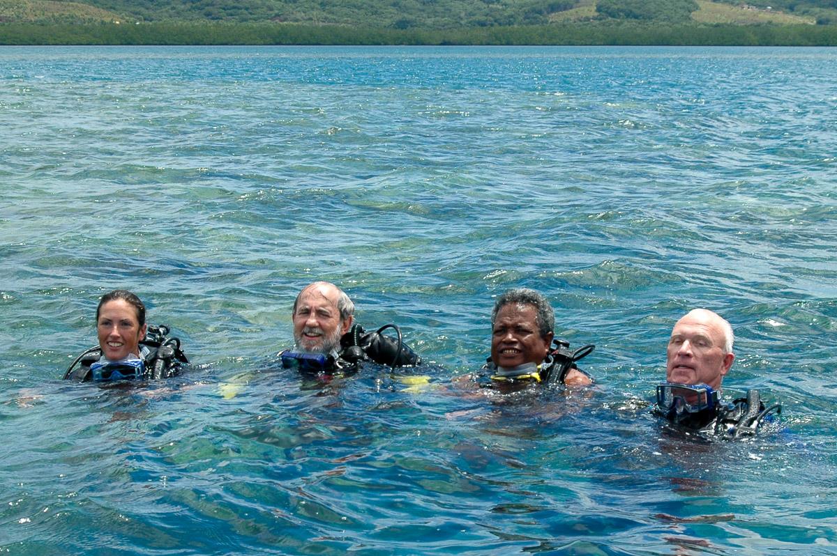 Tommy diving Arnett B-24 2005