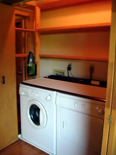 Project Small House: Laundry and Storage