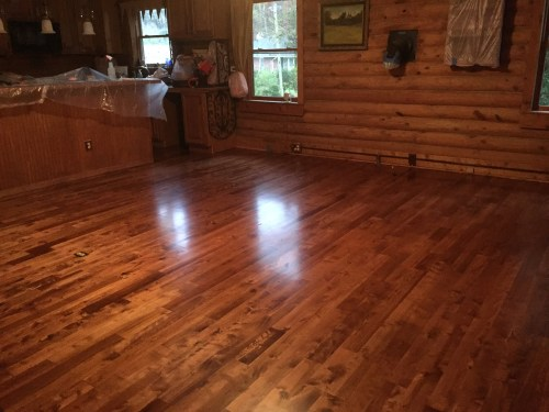 Project Small House - Refinishing Hardwood Floor: Beautiful refinished wood floor!