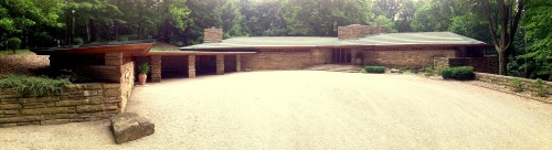 Kentuck Knob wraps around a central courtyard. Photo by Kafziel