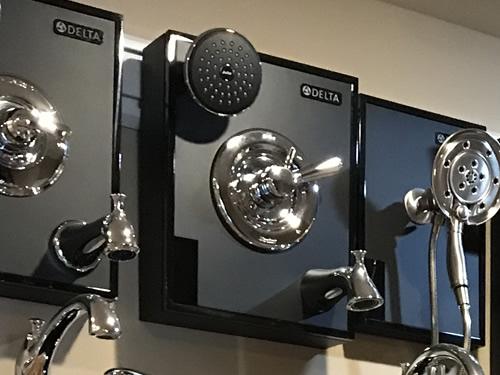 Tub Valve Handle Options in the Schumacher Homes Design Studio