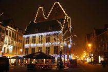 Kerstverlichting op de IJzerleen in Mechelen