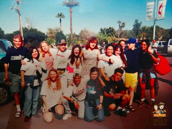 A galera da AFS reunida: estudantes de intercâmbio em Phoenix, Arizona (Jan/1995). Já me acharam?