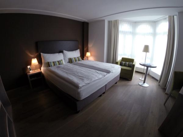 Quarto Hotel Plazthirsch
