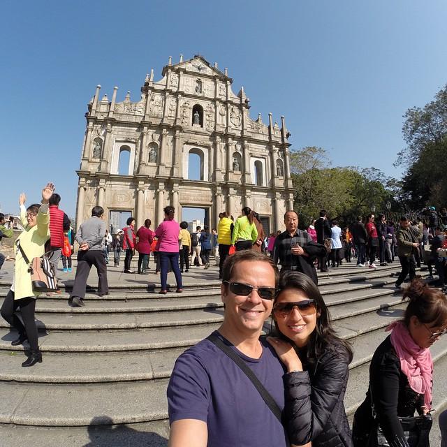 Nas ruínas de São Paulo, o cartão postal de Macau!