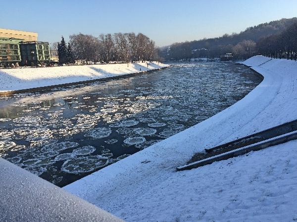 Ponto sobre o Rio Neris