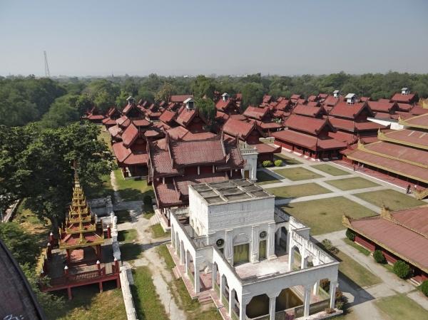 Mirante Royal Palace Mandalay