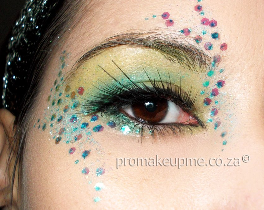 mermaid glitter eye MakeUp