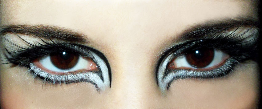Black & White Party Makeup