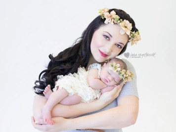 Lauriaan Newborn Shoot MakeUp Flower Crown