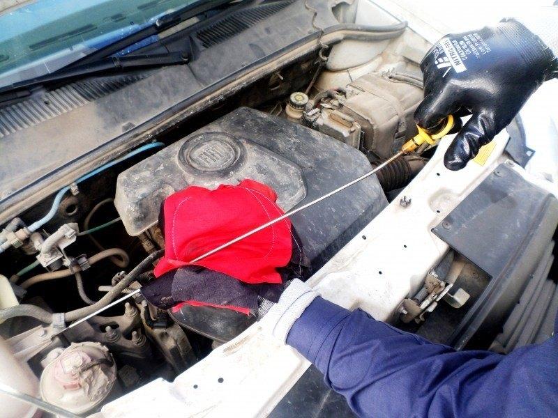 6905c74036994 EPIs Mecânico. Se você tem carro, moto, caminhão ou conhece alguém que  possui, com certeza já deve ter precisado de um mecânico. E se você é um  profissional ...