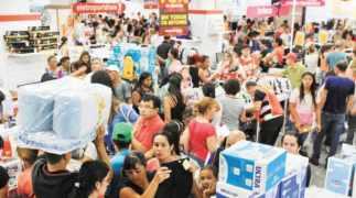 Liquidação de Natal | Lojas realizam saldão de compras pós-Natal