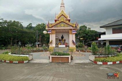Things to do on Koh Lanta - Old Lanta View neat Ferry Entrance