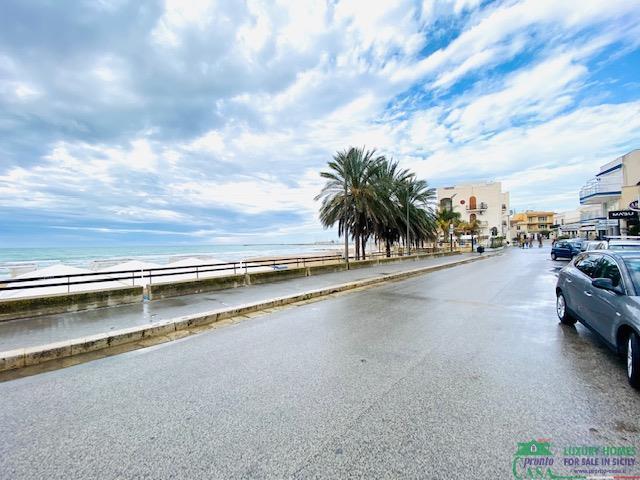 Pronto Casa: Vendesi appartamento sul lungo mare Andrea Doria in Vendita a Marina di Ragusa Foto 1