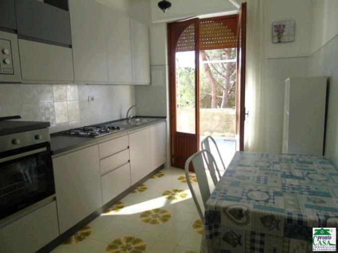 Pronto Casa: Appartamento in affitto a Marina di Modica. in Affitto a Modica Foto 1