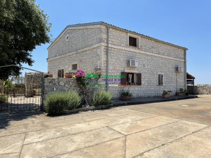 Pronto Casa: Vendesi casa indipendente in pietra a Modica Sorda in Vendita a Modica Foto 1
