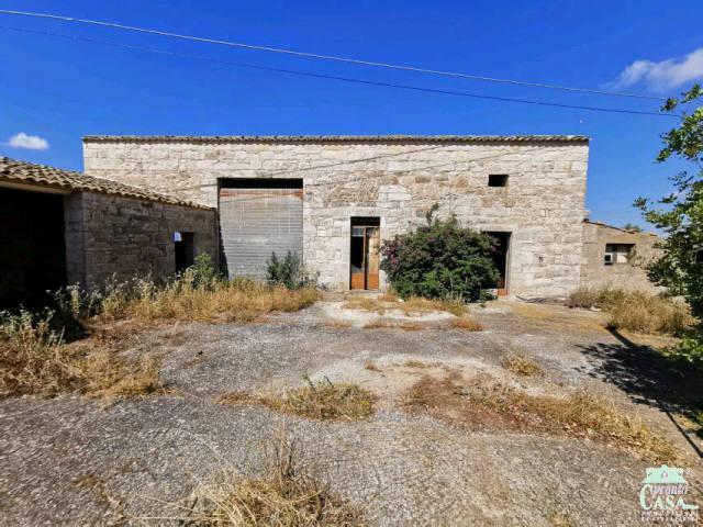 Pronto Casa: Casa rurale 'C.DA IACONELLO' in Vendita a Ragusa Foto 1