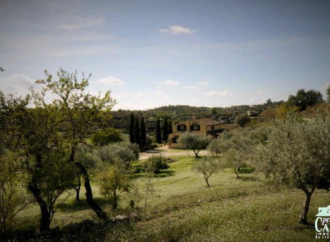 Pronto Casa: Villa a Ragusa in Vendita a Giarratana Foto 1
