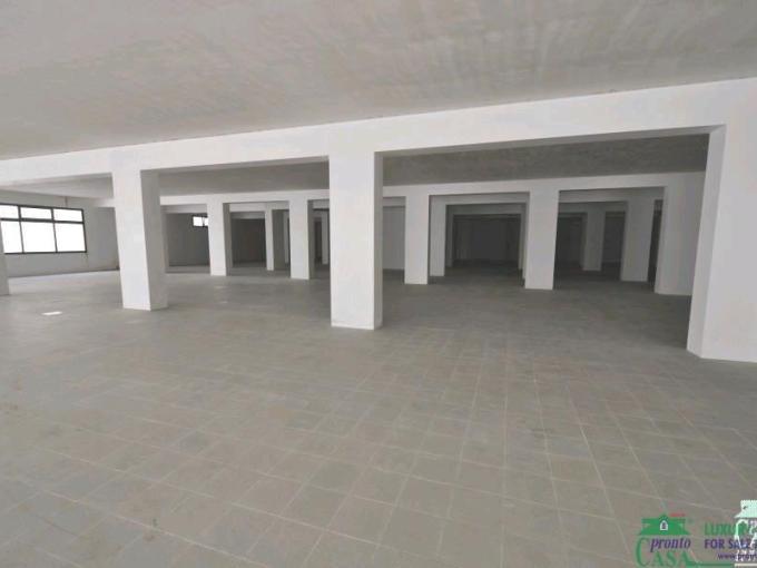 Pronto Casa: LOCALE COMMERCIALE in Vendita a Ragusa Foto 1