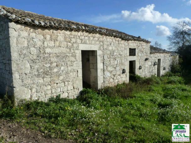 Pronto Casa: Casale a Modica in C.da Serrapero in Vendita a Modica Foto 1