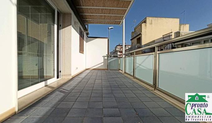 Pronto Casa: Appartamento con veranda a Marina di Ragusa in Vendita a Marina di Ragusa Foto 1