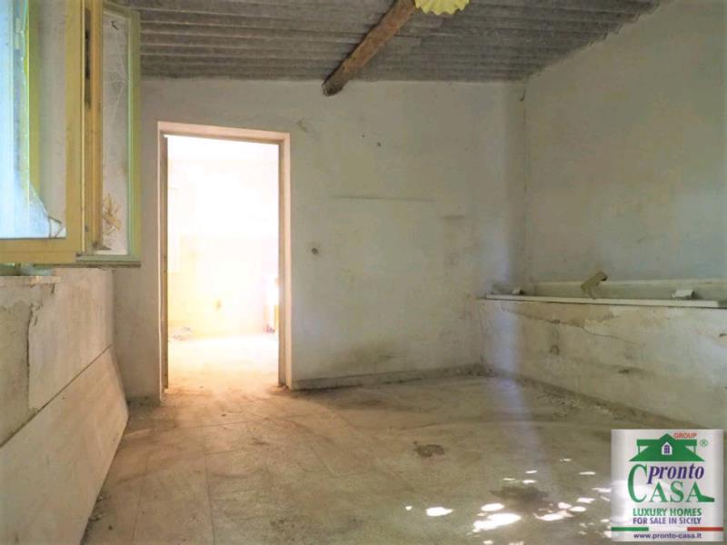Pronto Casa: CASE CO VISTA SUL CENTRO STORICO DI SCICLI in Vendita a Scicli Foto 9