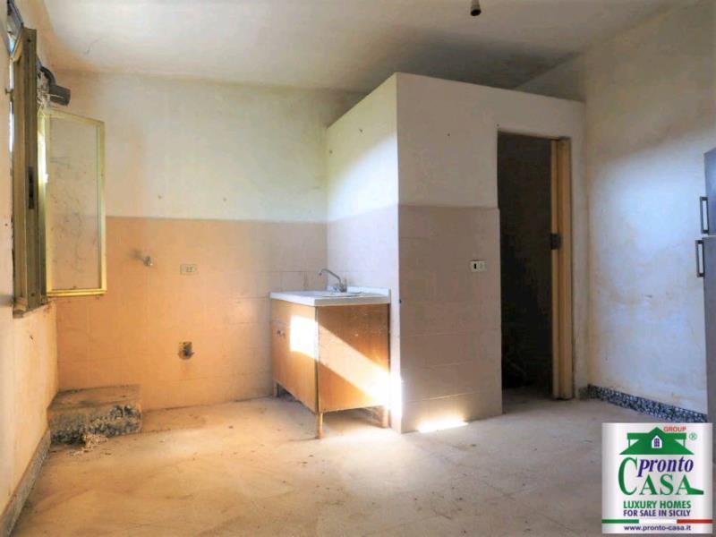Pronto Casa: CASE CO VISTA SUL CENTRO STORICO DI SCICLI in Vendita a Scicli Foto 10