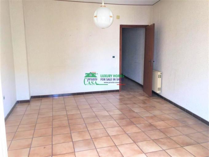 Pronto Casa: Appartamento zona saliceto in Vendita a Comiso Foto 1