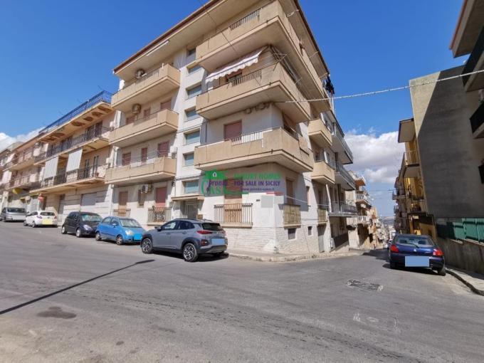 Pronto Casa: Piano rialzato 'Salesiani' in Vendita a Ragusa Foto 1