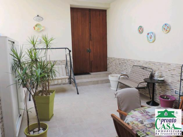 Pronto Casa: Appartamento 4 locali a Marina di Ragusa in Vendita a Marina di Ragusa Foto 1