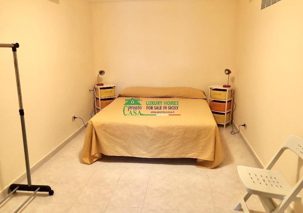 Pronto Casa: 2 Appartamenti in Villa con Piscina in Affitto a Marina di Ragusa Foto 7