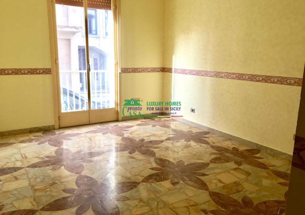 Pronto Casa: CASA SINGOLA AD ANGOLO in Vendita a Comiso Foto 2