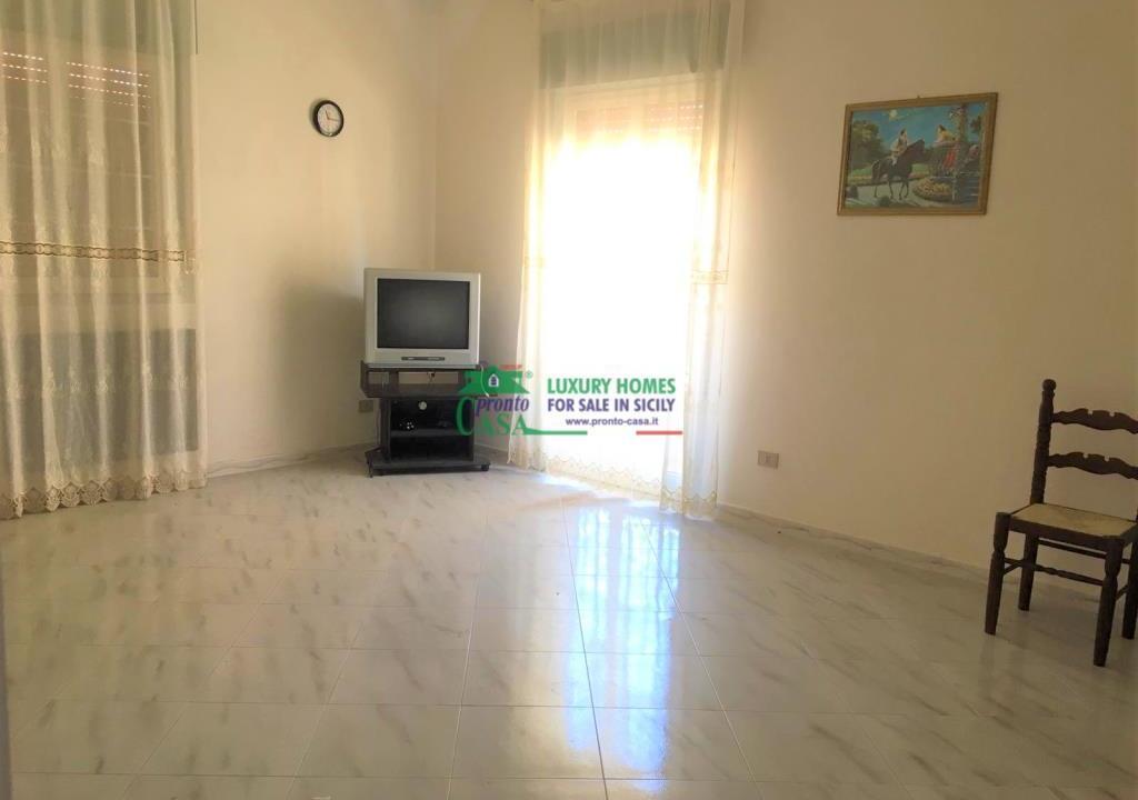 Pronto Casa: CASA SINGOLA AD ANGOLO in Vendita a Comiso Foto 5