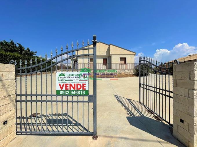 Pronto Casa: Villetta 4 locali a Marina di Modica in Vendita a Modica Foto 1