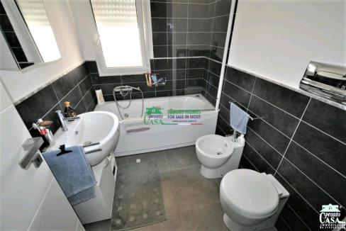 Pronto Casa: Appartamento di recente costruzione in Vendita a Ragusa Foto 6