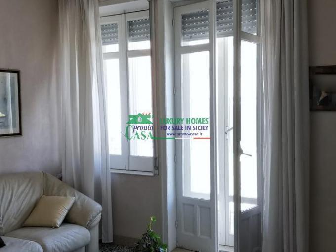 Pronto Casa: APPARTAMENTO IN VENDITA CON DOPPIO AFFACCIO in Vendita a Ragusa Foto 1