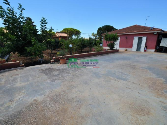 Pronto Casa: Villetta c.da Puntarazzi in Vendita a Ragusa Foto 1
