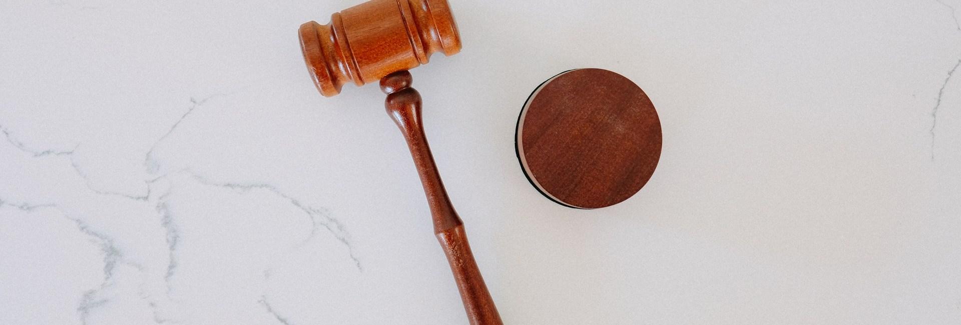 Λαϊκά Δικαστήρια ή Συντεταγμένη Απονομή της Ποινικής Δικαιοσύνης;