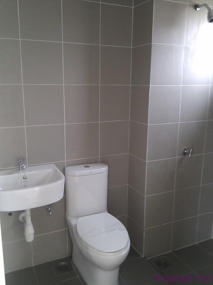 GF Bathroom (Bare)