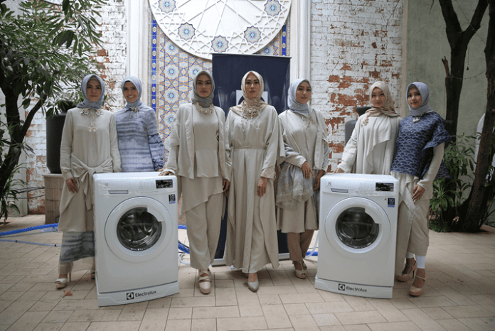 UltraEco Front Load Washer