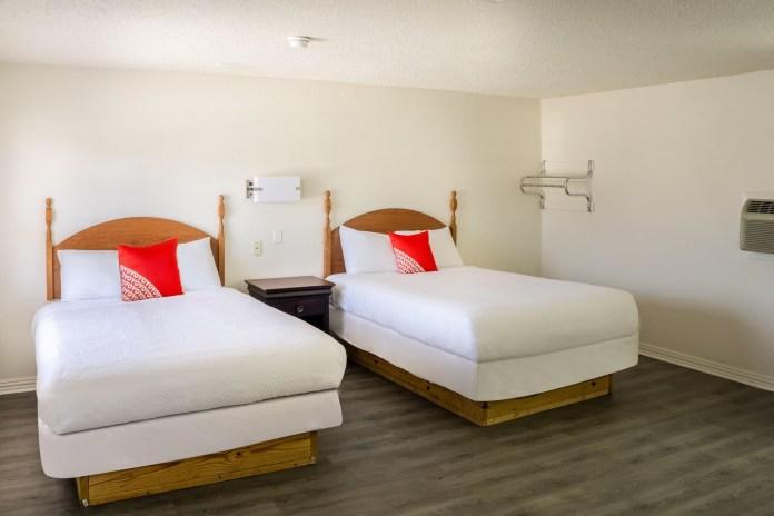 OYO Hotel - 2